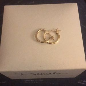 French lock hoops in 14k gold (REAL GOLD)